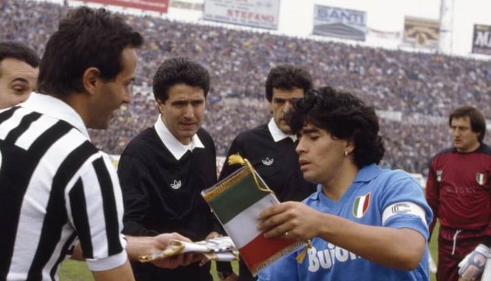 Supercoppa Italiana. Η… πελάτισσα (σε τελικούς) Γιουβέντους και ο Μαραντόνα