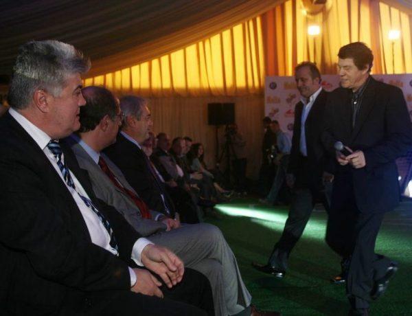 Ο Γκαγκάτσης έκανε τουρ στην Ελλάδα με το τρόπαιο του 2004…