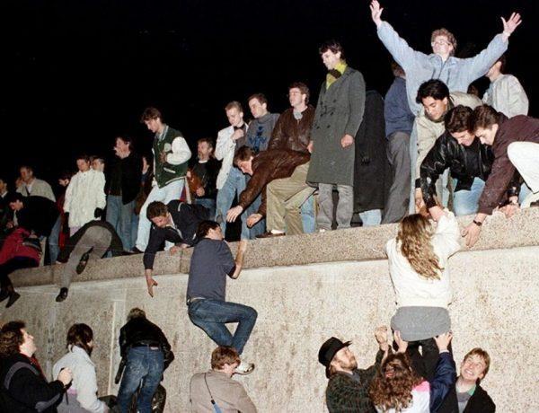 Ετσι έπεσε το τείχος του Βερολίνου