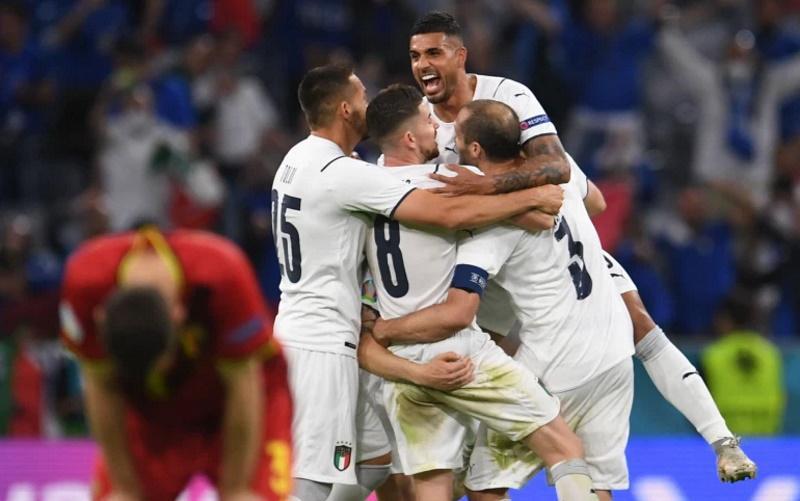 Ιταλία – Αγγλία. Το 33άρι αήττητο, το απόρθητο «Γουέμπλεϊ» και τα… Jumbo Kuipers