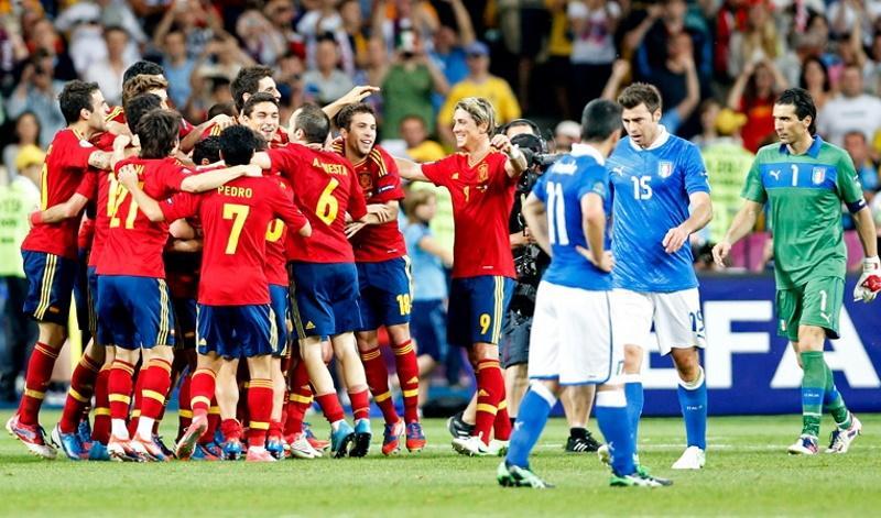 Ο Θαμόρα, η αγκωνιά, τα πέναλτι, η 4άρα. Stories για το Ιταλία – Ισπανία!