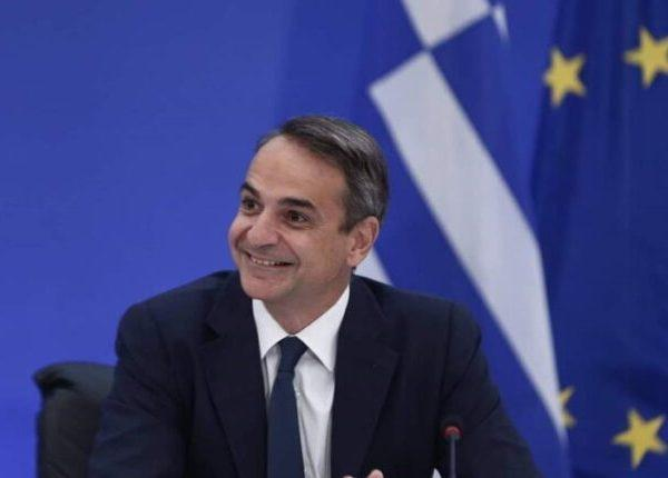 Τα 12 ψέματα που είπε, χαμογελαστά, ο Μητσοτάκης