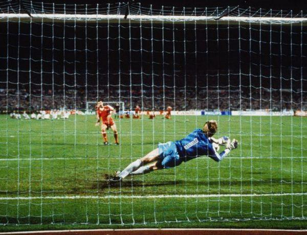 Μπενφίκα - PSV Αϊντχόφεν. Τα τρία τρόπαια, ο τελικός του '88, ο Κόλκα και ο Σαβιόλα