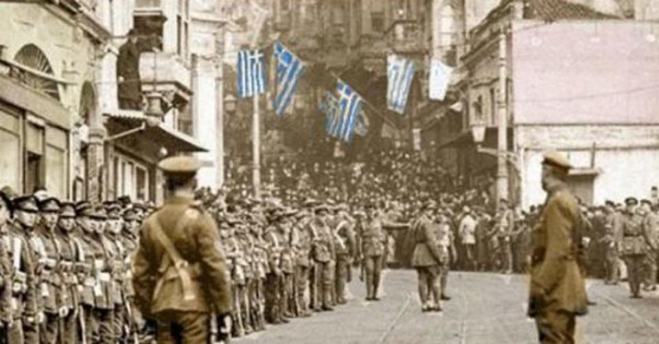 Κωνσταντινούπολη 1922. Γιατί ο στρατός δεν κινήθηκε να την καταλάβει;
